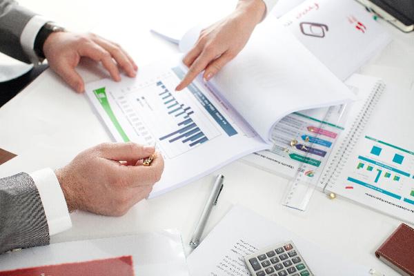 社内のマネジメント体制の再構築((独)中小企業基盤整備機構の指導)