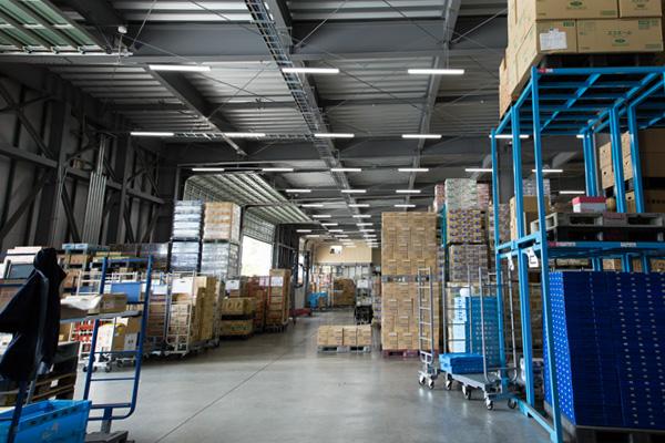 加工食品やタイヤ、家具など倉庫への保管はサンライズ産業(青森県弘前市)へ