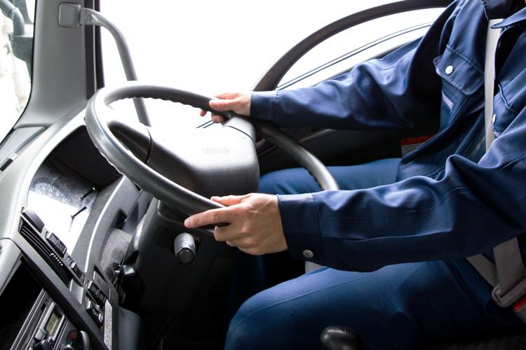 サンライズ産業株式会社は長距離ドライバーを募集しています